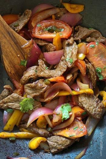 Lomo Saltado - cuisine Pérou