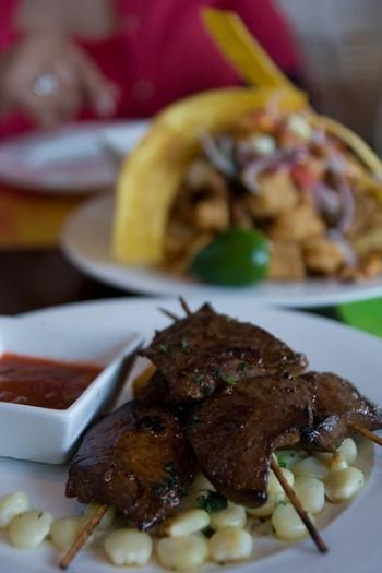 Anticuchos, cuisine du Pérou