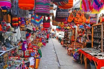 Marché artisanal de Pisac - Vallée Sacrée des Incas