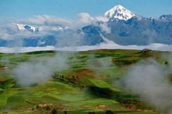 Plateau de Moray et Nevado Veronica - Vallée Sacrée des Incas